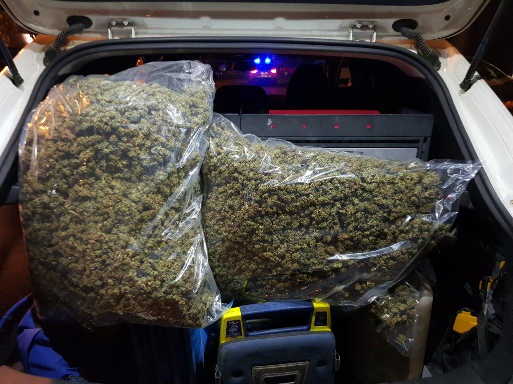 Enxampen un conductor amb 7 quilos de marihuana