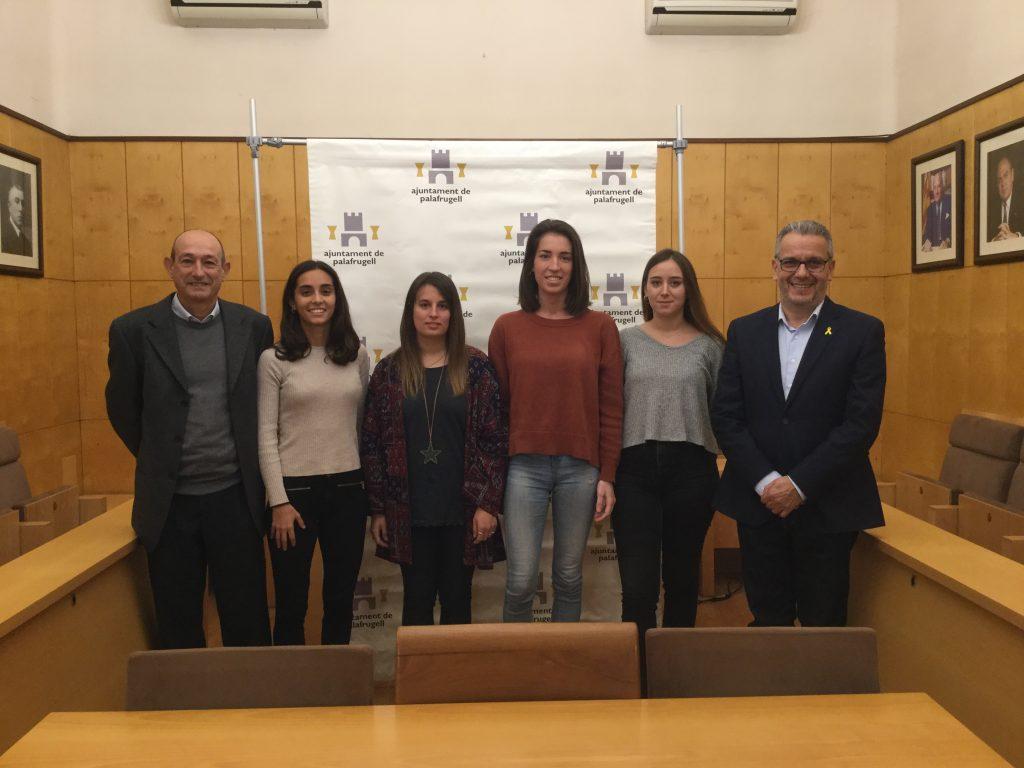 joves titualdes en pràctiques a l'Ajuntament de Palafrugell