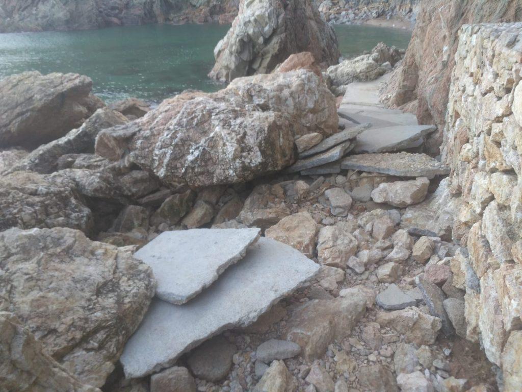 Salvem el Golfet alerta del despreniment de roques de del penya-segat del Golfet