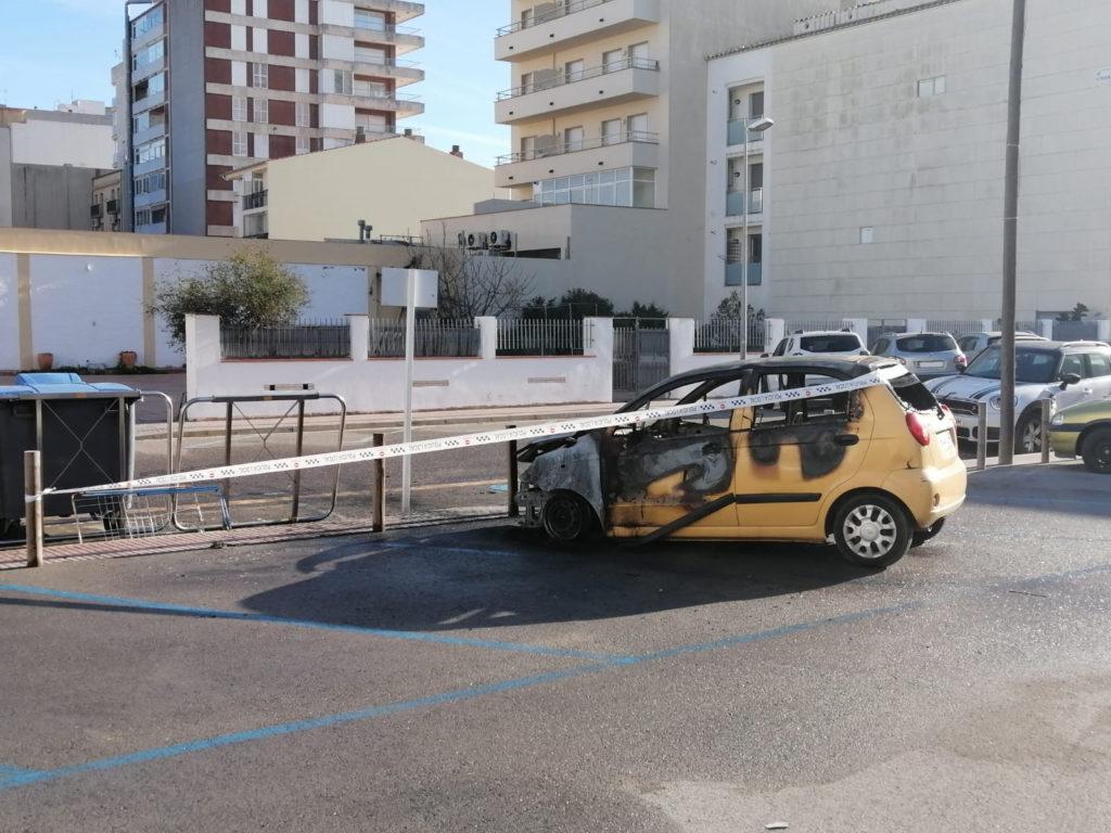 Cotxe incendiat a Sant Antoni de Calonge