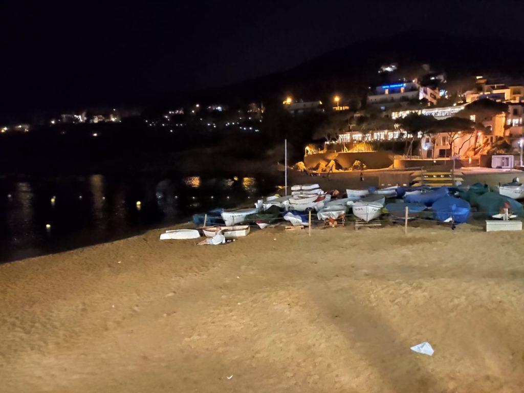 Platges tancades a partir de les 11 de la nit