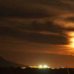 Cel nocturn amb núvols